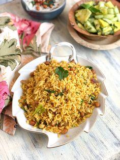 Chutney Podi Sadam Recipe - Rice Flavoured With Chutney Podi Spicy Recipes, Indian Food Recipes, Vegetarian Recipes, Cooking Recipes, Healthy Recipes, Ethnic Recipes, Veg Recipes, Recipies, Milagai Podi Recipe