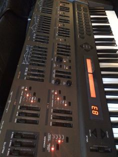 Roland JD-800 Synthesizer 24 Voice Polyphonic! 57 Editing Sliders! | eBay
