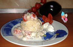 Avete mai provato la pasta con melanzane e ricotta??io ci ho messo anche dei pomodori ciliegino...è venuta cremosa e molto gustosa..ecco a voi la ricetta