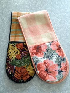 Upcycled Wool Blanket & Vintage Fabric Oven Mitts