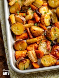 Rosemary Roasted Potatoes, Parsnips, Carrots and Onion Slimming Eats Parsnip Recipes, Carrot Recipes, Onion Recipes, Vegetable Recipes, Vegetarian Recipes, Cooking Recipes, Healthy Recipes, Free Recipes, Veggie Food