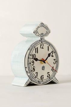 Molly Hatch Desk Clock - anthropologie.eu £22.  Gorgeous.