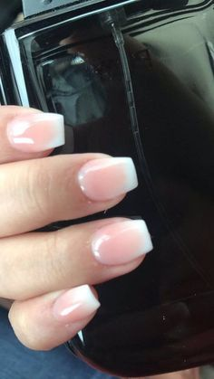 The advantage of the gel is that it allows you to enjoy your French manicure for a long time. There are four different ways to make a French manicure on gel nails. The choice depends on the experience of the nail stylist… Continue Reading → Gorgeous Nails, Love Nails, My Nails, Nail Tips, Nail Ideas, Makeup Ideas, Party Nails, Halloween Nails, Natural Nails