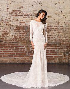 Distinct and Seductive Bridal Gowns | Justin Alexander Signature