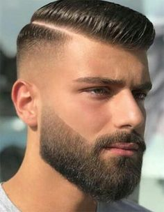 Beautiful Beard with Excellent Men's Hairstyles To Wear In 2018 Schöner Bart mit hervorragende Fohawk Haircut, Beard Haircut, Goatee Beard, Man Beard, Sexy Beard, Popular Mens Hairstyles, Cool Hairstyles For Men, Men's Hairstyles, Mens Hairstyles With Beard