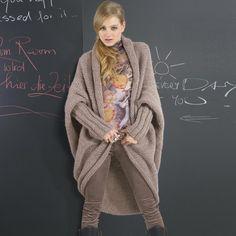 Modell 188/1, Jacke aus Malou von LANG Yarns « LANG « Strickmodelle weitere Marken « Stricken & Häkeln im Junghans-Wolle Creativ-Shop kaufen
