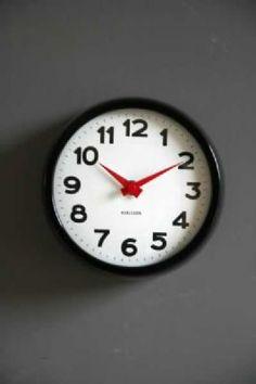 The Perfect Black  White Clock