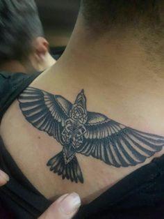 Tattoo behind the neck - Tattoo Style - tattoos Eagle Neck Tattoo, Eagle Tattoos, Leg Tattoos, Arm Band Tattoo, Body Art Tattoos, Sleeve Tattoos, Cool Tattoos, Behind The Neck Tattoos, Small Back Tattoos
