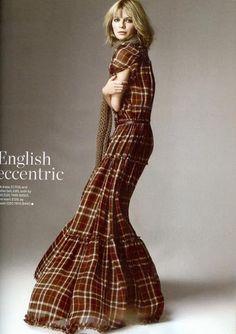 Mischa Barton in D plaid maxi dress