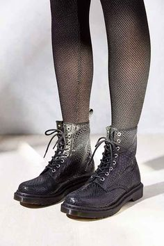 IN LOVE with Doc Marten's Snakeskin lace ups!
