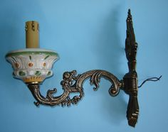 Old Vintage Wall Brass and Porcelain Electric Lamp in the shape of a CANDLE and a CANDLE HOLDER op Etsy, 54,05 €