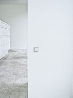 V E S T A | Interior Architecture, Interior And Exterior, Interior Design, Shades Of White, Floor Space, Colorful Interiors, Minimalism, Room Decor