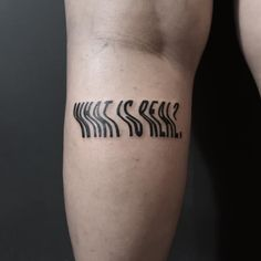 Word chaos tattooed in a distorted font on the left thigh by Julim Rosa Mini Tattoos, Black Tattoos, Body Art Tattoos, Small Tattoos, Pretty Tattoos, Unique Tattoos, Cool Tattoos, Tatoos, Tattoo Bein