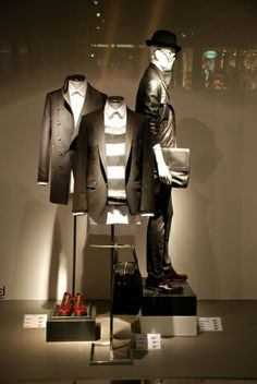 Zara Menswear, level 3, pinned by Ton van der Veer