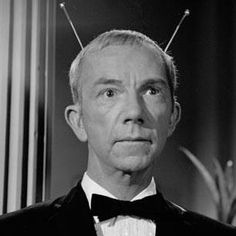 My Favorite Martian is an American television sitcom that aired on CBS from September 1963 to May 1966 for 107 episodes in black and white 32 color The show starred Ray Walston as Uncle Martin (the Martian) and Bill Bixby as Tim O'Hara.