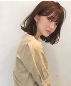 全方位ウケ◎愛され肩揺れミディ in 2020 Asian Short Hair, Short Hair With Bangs, Hairstyles With Bangs, Pretty Hairstyles, Korean Short Hair Bangs, Medium Hair Styles, Long Hair Styles, Shot Hair Styles, Hair Arrange