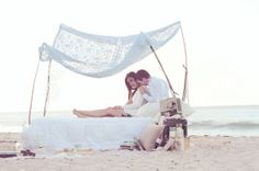 The Frosted Petticoat: Bed of Sand