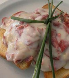 Creamed Chipped Beef On Toast * A real luxury.  Its  rich and very tasty. During the Summer months I serve it with sliced tomatoes on the bottom of the toast before adding the gravy.  Freshly grated pepper on top just completes the meal.  Another way to serve is to serve it over a Big Homemade Biscuit * A true treat. Its  also very good over Home Fries!