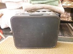 Vintage retro hipster luggage suitcase dark grey hard case by SalvageAngelByTheSea on Etsy Luggage Sets, Travel Luggage, Luggage Suitcase, Leather Luggage, Michael Kors Jet Set, Retro Vintage, Buy And Sell, Hipster, Suitcases