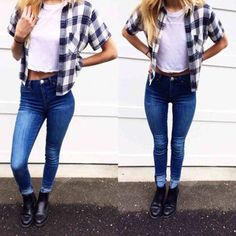 Image via We Heart It https://weheartit.com/entry/163179643 #blonde #boot #cute #girl #jeans #shirt #top