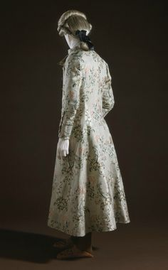 Man's Banyan and Waistcoat, France, circa 1765. Silk, wool flannel lining. Costume Council Fund (M.63.53a-b). Photo © Museum Associates/ LACMA