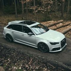 Audi 😱 Don't normally like an estate, but 😱😍 Shared by Motorcycle Clothing - Two-Up Bikes Audi Rs6, Audi A6 Rs, Audi A6 Avant, Audi Quattro, A4 Avant, Audi Wagon, Ducati, Used Luxury Cars, Jetta Mk5