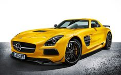 2014-Mercedes-Benz-SLS-AMG-Black-Series-front-three-quarter-view Photo on November 12, 2012