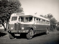 The Incredible History and Stories of Durban Transport Durban's first form of public transport was a coach service between Durban and Pietermaritzburg which was started by John Dare and ran for the first time on March The coach… Margate South Africa, Durban South Africa, Cool Trucks, Big Trucks, Service Bus, Best Background Images, Kwazulu Natal, Rare Pictures, Cool Backgrounds
