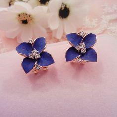 jewelry / Floral Earrings