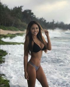 Very bikini hawaii models