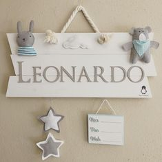 Letrero para Hospital personalizado Baby Room Diy, Baby Room Decor, Baby 1st Birthday Gift, Country Themed Parties, Baby Name Signs, Wooden Crafts, Baby Shower, Baby Gifts, New Baby Products