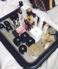 Chanel Beauty, Chanel Makeup, Kiss Makeup, Love Makeup, Chanel Chanel, Chanel Paris, Beauty Bar, Makeup Tips, Perfume