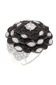A Tribute to Chanel's Favorite Flower: The 'Jardin de Camélias' Collection |gold black white diamond