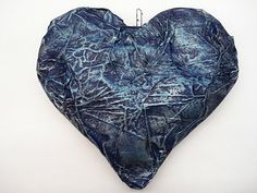Puffy Heart - Simple use of paper mache while incorporating the work of Jim Dine.
