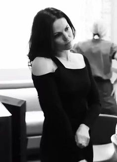 i love this pic so much, it's for sure one of my favourites of Lana