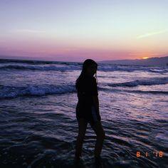 Memories yes I know Im ugly - - - - - - - - - - - - #beach #memories #bored #santamonica #whydontwe #whydontwemusic #edit #newedit #sandcouch #sand #sandcastles #huji #hujicam #sunset #mermaid
