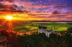Paisajes increíbles y los colores del cielo son los protagonistas en Austria, donde la fotógrafa Edgar Moskopp ha desarrollado parte importante de su trabajo.