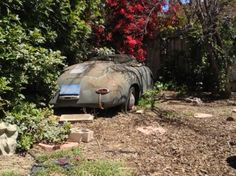 Yard Find – 1957 Porsche 356 Speedster. Nothing quite as sad as a rusted piece of beauty.