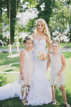 Photography : Thomas Steibl | Church : Maria Wörth | Wedding Dress : Inbal Dror | Grooms Attire : Paul Smith | Floral Design : Blumen Isabella Read More on SMP: http://www.stylemepretty.com/2014/03/07/lakeside-wedding-at-castle-maria-loretto/