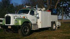 Welding Trucks, Welding Rigs, Truck Mechanic, Shop Truck, Mack Trucks, Truck Bed, Diesel Trucks, Truck Accessories, Cool Trucks