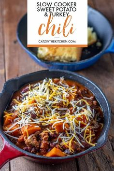 Slow-Cooker Sweet Potato & Turkey Chili #chili #slowcooker #crockpot #fallfoods #easyrecipe