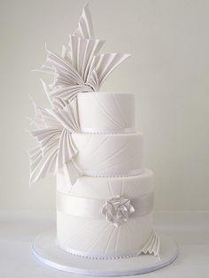 Indescribable Your Wedding Cakes Ideas. Exhilarating Your Wedding Cakes Ideas. White Wedding Cakes, Elegant Wedding Cakes, Beautiful Wedding Cakes, Wedding Cake Designs, Beautiful Cakes, Modern Cakes, Unique Cakes, Geometric Cake, White Cakes