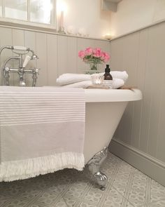 New Home Wallpaper Attic Spaces 22 Ideas Upstairs Bathrooms, Small Bathroom, Family Bathroom, Bathroom Inspiration, Home Decor Inspiration, Decor Ideas, Bathroom Colors, Bathroom Ideas, Bathroom Inspo