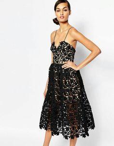 4b1dd6f876c Shop Self Portrait Azaelea Midi Dress In Textured Lace at ASOS.