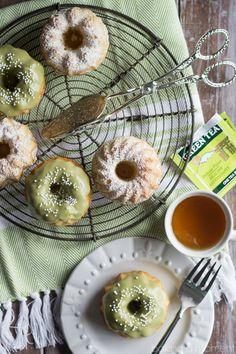 Matcha Almond Tea Cakes