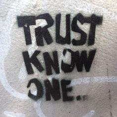 #NYTBronxWalk #HuntsPoint #stencil
