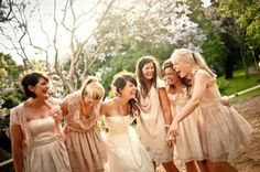 Vintage mismatched bridesmaid dresses. Heck yes.