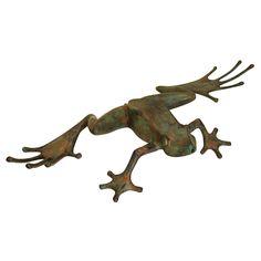 Tree Frog Garden Statue
