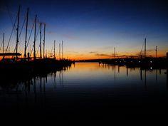 http://thinlyspread.co.uk/wp-content/uploads/2013/08/Sunset-at-Portland-Marina-2.jpg