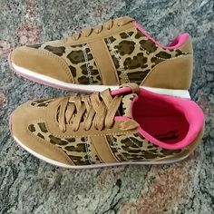 Leopard print shoes pink * tan * brown Brand new never worn.. Arizona  Shoes